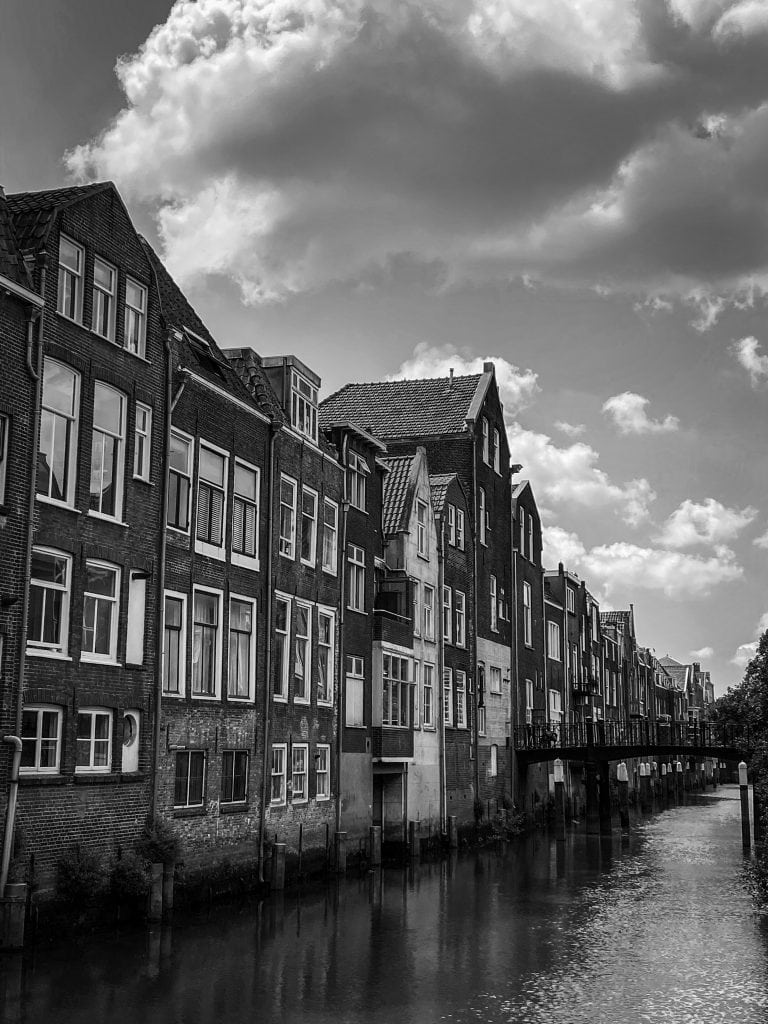 Dordrecht canal in black and white