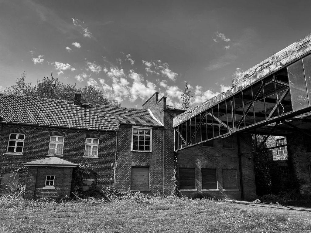 Urbex abandoned factory Nordrhein westfalen - Urbex locations in Germany